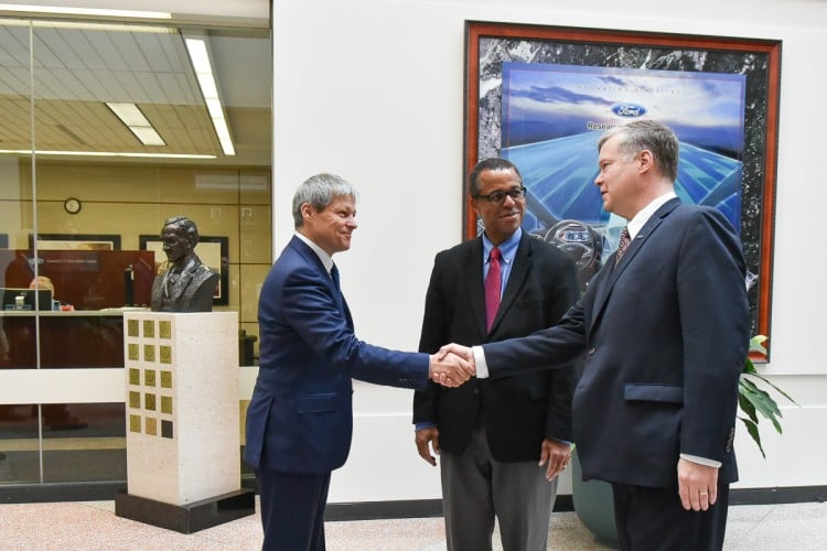 Premier Ciolos Visits Ford Motor Company Offers Romanian