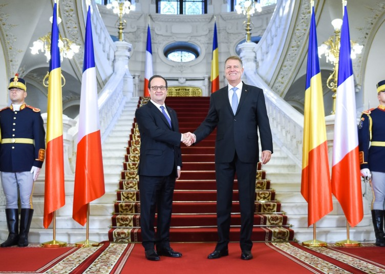 photo-pag-1-miohannis-hollande