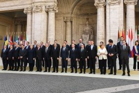 pag 1 iohannis roma