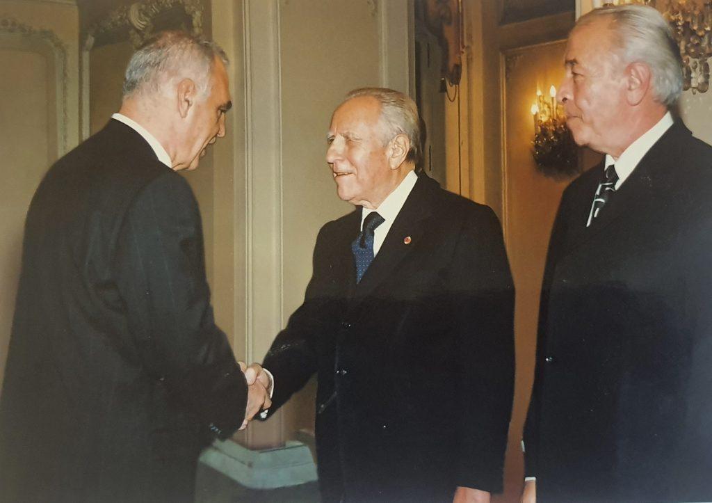 Handshake with former Italian President Carlo Azeglio Ciampi, October 2003